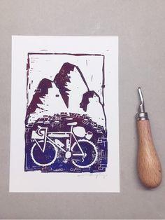 Bikepacking Linolschnitt/Linocut Fahrrad Bicyle von leBeat auf Etsy