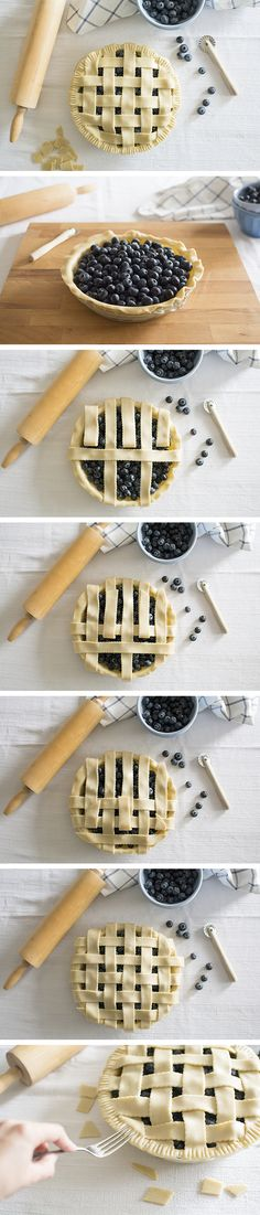 Blueberry pie with classic lattice - Tarta de arándanos con enrejado clásico