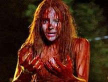 'Carrie' remake teaser trailer: Chloe Grace Moretz bathed in blood in a new take on Stephen King's t