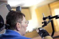 Um homem paralisado pensou em mover o braço e, pela primeira vez, conseguiu fazê-lo - PÚBLICO