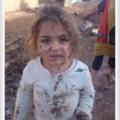 Without home covered with mud but just beauty #Syrian-child in war