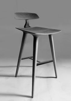 MANTARAY BAR STOOL
