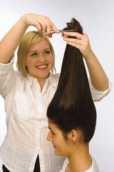 this is how I always cut my own hair. perfect layers! Haven't paid for a hairdresser in a few years now....