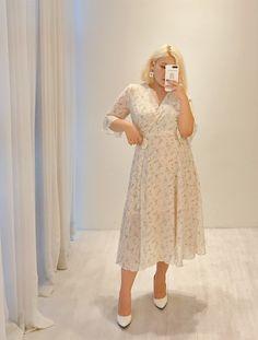 Fat Girl Fashion, Chubby Fashion, Modest Fashion, Fashion Outfits, Plus Size Fashion For Women, Big Size Fashion, Plus Fashion, Curvy Girl Outfits, Plus Size Outfits