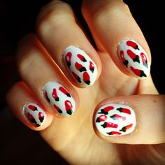 Chili Pepper Nail Art! #nail http://pinterest.com/ahaishopping/