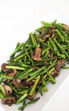 Veggie Meatloaf With Mushrooms And Sun Dried Tomatoes . Paleo Chicken Piccata With Asparagus A Calculated Whisk. Sauteed Asparagus Recipe, Saute Asparagus, Asparagus And Mushrooms, How To Cook Asparagus, Stuffed Mushrooms, Stuffed Peppers, Best Hamburger Recipes, Veggie Side Dishes, Salad Recipes