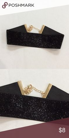 New with Tag Black Glitter Choker Black Glitter Choker with adjustable link closure. Also comes in Gold Jewelry Necklaces
