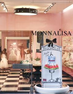 ♡ Boutique Monnalisa - Monnalisa Bebè Collection - Via della Spiga, 52 Milan ♡ #Monnalisa