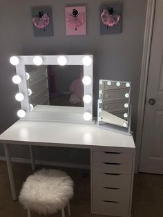 Bedroom Vanity with Light. 20 Bedroom Vanity with Light. Bedroom Vanity Sets with Lights Awesome Furniture Black Cute Room Decor, Teen Room Decor, Room Ideas Bedroom, Bedroom Decor, Bedroom Small, Master Bedroom, Vanity Room, Bedroom Vanities, Bedroom Mirrors