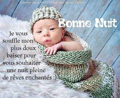 Bonne Nuit. Je vous souffle mon plus doux baiser pour vous souhaiter une nuit pleine de rêves enchantés :)