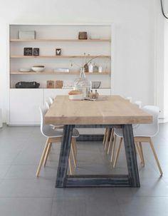 cool Liefde voor de tafel en de schappen die in de muur zitten ipv op de muur!... by http://www.tophome-decorations.xyz/dining-tables/liefde-voor-de-tafel-en-de-schappen-die-in-de-muur-zitten-ipv-op-de-muur/