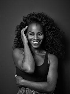 Black is always elegant. Deborah Ayorinde photographed by Nathan Johnson for Sharp magazine. Model Headshots, Headshot Poses, Beautiful Dark Skinned Women, Beautiful Black Girl, Fotografia Boudoir, Beautiful Female Celebrities, Black Actresses, Photography Poses Women, Photography Ideas