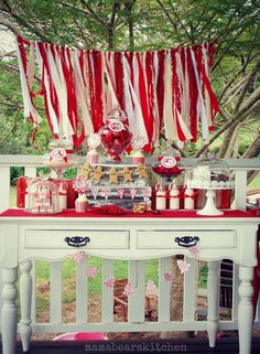 Red and white dessert table at a Christmas party! See more party planning ideas. White Party Decorations, Holiday Party Themes, Picnic Decorations, Holiday Parties, Party Ideas, Winter Parties, Canada Day Party, Christmas Tea Party, Christmas Holidays