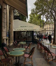 City Aesthetic, Travel Aesthetic, Saint Germain, France 3, European Summer, Paris Ville, Northern Italy, Dream Life, Aesthetic Pictures