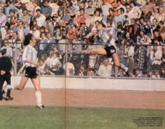 1er gol de Maradona en la selección. Contra Escocia