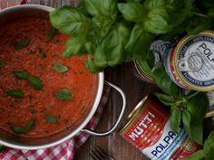 Täyteläinen Mutti-soosi — Peggyn pieni punainen keittio