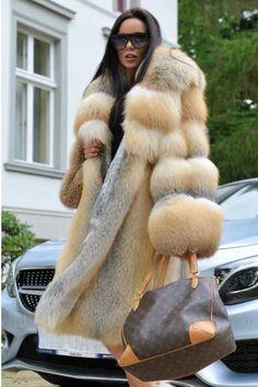 Fox Fur Jacket, Fox Fur Coat, Fur Coats, Fur Fashion, Winter Fashion, Womens Fashion, Fashion News, Winter Coats Women, Coats For Women