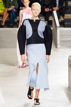"""<p tabindex=""""-1"""" class=""""tmt-composer-block-format-target tmt-composer-current-target"""">Kenzo spring 2015. Photo: Imaxtree</p>"""