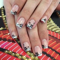 Black and white Nail Cute Toe Nails, Cute Toes, Diy Nails, Pretty Nails, Manicure, White Nail Polish, White Nails, French Nail Designs, Nail Art Designs