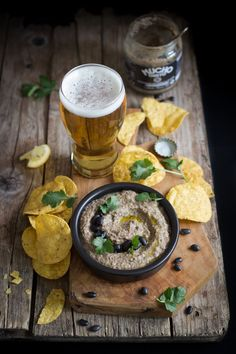 Where to Buy Beer Near Me: Find the Closest Beer Store Beer Recipes, Veggie Recipes, Mexican Food Recipes, Appetizer Recipes, Fast Recipes, Bistro Food, Pub Food, Beer Food, Dark Food Photography