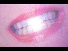 Resultado garantido! Clareie seus dentes em menos de 3 minutos! | Cura pela Natureza