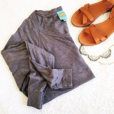 C & C Gray Dolman Sleeve Shirt Very soft and comfortable dolman sleeve style shirt by C & C California. It's a taupe/gray color. Size medium and very loose fit, so this could probably fit up to a L. Excellent used condition with no defects or stains anywhere. Stock photo is not exact shirt - demonstrates the fit. No trades, holds, or PP. Thanks for looking! C&C California Tops Tees - Long Sleeve