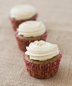 I used a whipped mascarpone frosting and topped with a fresh fig slice.  Fig Spice Cupcakes with Honey Cinnamon Buttercream