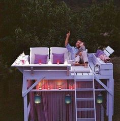This is amazing! Cabana Mezzanine Playhouse in the backyard. A garden mezzanine provides the ideal spot for summer stargazing. Do It Yourself Furniture, Do It Yourself Home, Outdoor Fun, Outdoor Spaces, Outdoor Lounge, Outdoor Ideas, Outdoor Living, Outdoor Seating, Pallet Lounge
