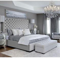 grey bedroom with ottoman Modern Luxury Bedroom, Luxury Bedroom Design, Room Design Bedroom, Bedroom Furniture Design, Stylish Bedroom, Home Room Design, Luxurious Bedrooms, Grey Bedroom Decor, Master Bedroom Interior