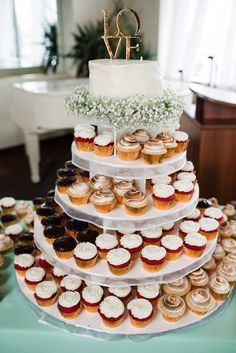 cupcake tower | Alison Dunn Photography | Glamour & Grace