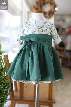 s Clothing Children' Frock Design, Little Girl Fashion, Kids Fashion, Girly Outfits, Kids Outfits, Batik Mode, Korea Dress, Dress Anak, Kids Dress Patterns