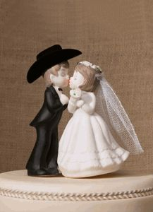 Adorable western cowboy bride and groom wedding cake topper! http://partyblock.stores.yahoo.net/adweweficato.html