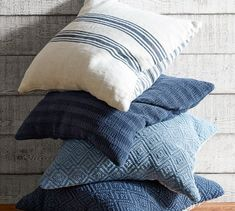 Flip over this classic grainsack-style pillow cover to refresh the look of your space; it reverses to another striped design. Blue Pillows, Throw Pillows, Beige Sectional, Cream Living Rooms, Eclectic Decor, Coastal Decor, Fabric Rug, Pillow Fight, Cover Gray