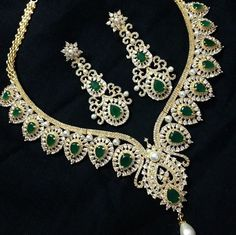 Grand large size Cz choker with 3 inch long earrings