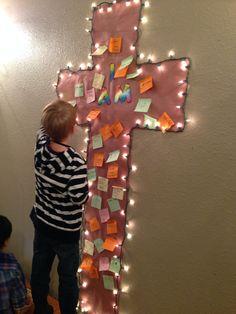 Prayers on a paper cross Sunday School Rooms, Sunday School Crafts For Kids, Sunday School Classroom, Kids Church Rooms, Catholic Schools Week, Prayer Stations, Prayers For Children, Christian Crafts, Church Crafts