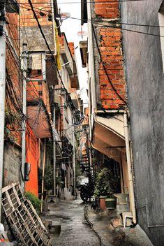 Favela Paraisopolis sidestreet Sao Paulo Oct 2011