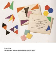 Triangular and Quadrangular tablets of colored paper.