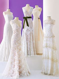 How to Lace Up Your Wedding Dress Simply    Wedding dress in a variety of types and styles may come with embellishments like a corset bodice. If your wedding dress has a corset bodice, you may need to lace up so that you can appear slimmer.