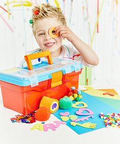 This handy toolbox is packed full of a variety of craft items for lots of creative fun.