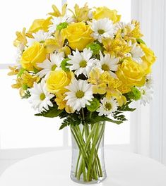 I loooove yellow flowers!