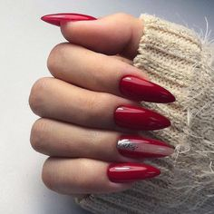 Make an original manicure for Valentine's Day - My Nails Cute Almond Nails, Almond Nail Art, Elegant Nails, Classy Nails, Red Nail Art, Pink Nails, Nagel Blog, Nail Manicure, Nails Inspiration