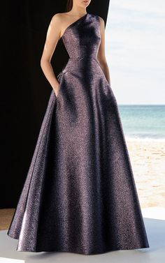 Sexy Prom Dresses A-line Ball Gown,Unique Long Prom Dress,cute One Shoulder Evening Dress Tulle Prom Dress - Proom Dress Ball Dresses, Ball Gowns, Prom Dresses, Formal Dresses, Chiffon Dresses, Bridesmaid Gowns, Long Dresses, Dresses Elegant, Pretty Dresses