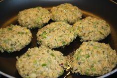 Kikert-karbonader - Veganeren Baby Food Recipes, Vegan Recipes, Food Baby, Chickpea Burger, Squash, Spicy, Food And Drink, Keto, Meals
