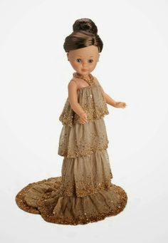 Nancy dressed by Hannibal Laguna. Doll Clothes Patterns, Clothing Patterns, Antique Dolls, Vintage Dolls, Girl Dolls, Ag Dolls, Hannibal Laguna, Pram Toys, Nancy Doll