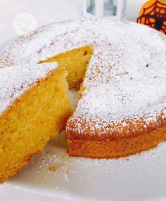 Torta semplice alla zucca tutto nel mixer - Ricette al Volo Biscotti, No Bake Desserts, Dessert Recipes, Torte Cake, Plum Cake, Almond Cakes, Healthy Sweets, Pinterest Recipes, Pumpkin Recipes