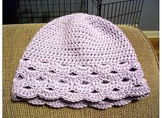 Fan Edged Hat pattern by Naomi Grattan ~ free pattern