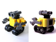 Mini Lego Wall-E I think it might be easier than the bigger one. Lego Duplo, Lego Technic, Robot Lego, Lego Bots, Lego Design, Micro Lego, Amazing Lego Creations, Lego Activities, Lego Craft