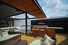 PL2 House by Seijo Peon Arquitectos y Asociados