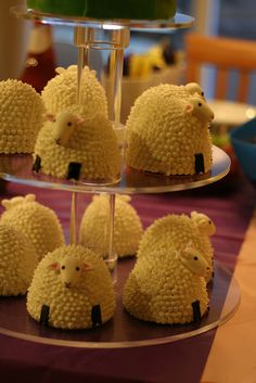 Sheep cakelets by diane.millay, these are so adorable