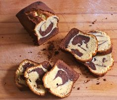 """Des gâteaux marbrés j'en ai fait des dizaines pour retrouver le goût du Savane de Brossard. Quand je suis tombée sur une recette qualifiée de """"parfaite"""" par Loukoum, il a fallu que je tente. Le résultat est top, pas 100% le goût du Savane mais bien un parfait marbré ni trop aérien, ni trop sec et chocolaté jusque ce qu'il faut."""